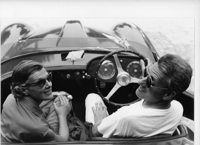 Luigi Pericle e la moglie Orsolina a bordo della loro Ferrari, Collezione del Museo di Ascona